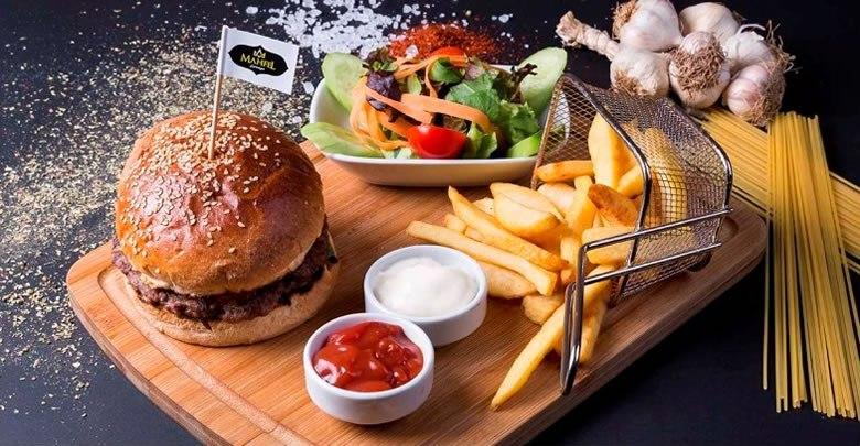 Fast food lezzetler dünyasında yerinizi alın